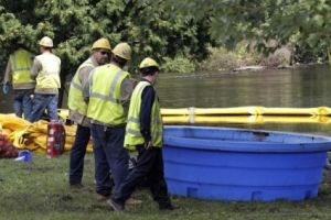 Kalamazoo oil spill. (Getty images) File