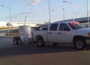 The bomb squad leaves the airport. (credit: Mile Campbell/WWJ)