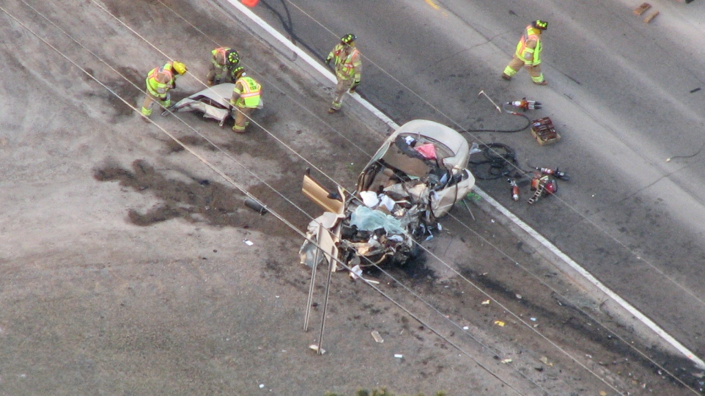 2 Dead, Alcohol Likely A Factor In M-15 Crash – CBS Detroit