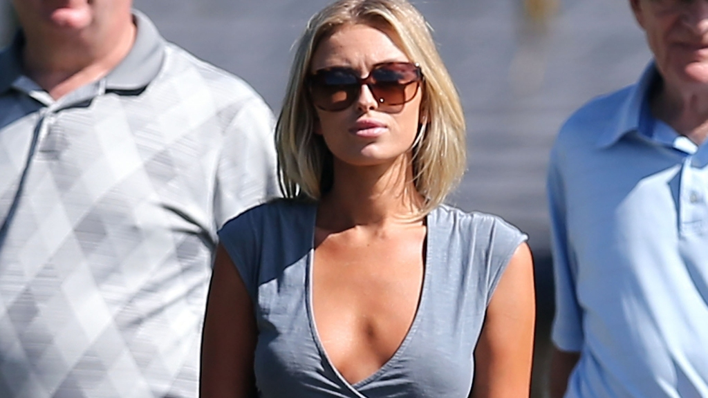 Paulina Gretzky Posts Intagram Photo That Will Make Your Jaw Drop