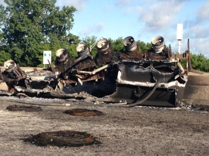 What's left of the burned tanker on I-75 and Outer Drive. (Credit: Charlie Langton/WWJ Newsradio 950)