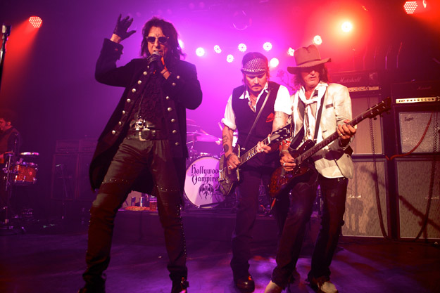 Hollywood Vampires Alice Cooper, Johnny Depp and Joe Perry performing