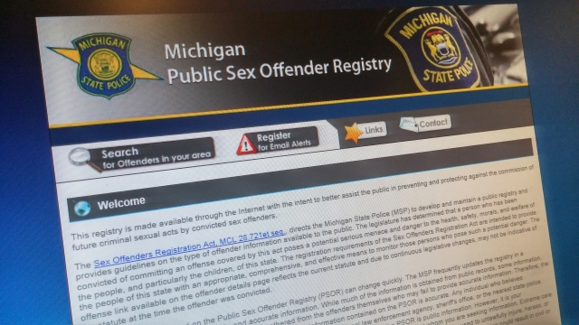 macomb county sex offender search