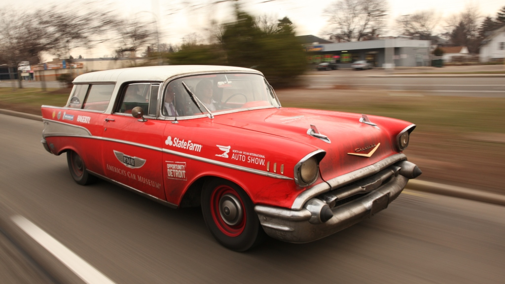 Rally Motor Credit >> Drive Home Rally A Hit In Motor City Kicks Off North