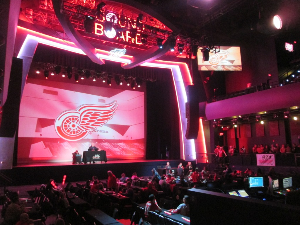 Red wings viewing party