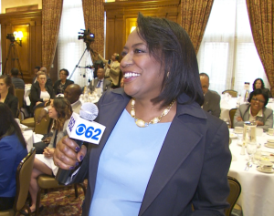 """Vickie Thomas, City Beat Reporter, WWJ Newsradio 950, poses questions to the """"Pancakes and Politics """" panel. (credit: Paul Pytlowany/CBS 62)"""