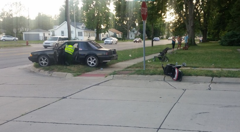An accident in Roseville sent four pedestrians to the hospital Tuesday evening. (Credit/WWJ Tipster)