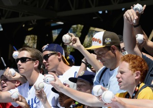 Fans ask for autographs prior to the 87th Annual MLB All-Star Game at PETCO Park on July 12, 2016 in San Diego, California.  (Photo by Denis Poroy/Getty Images)