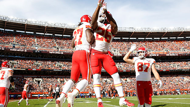 sneakers for cheap 1cffa d5908 Former KC Chiefs Kareem Hunt Admits He Misled Chiefs About ...