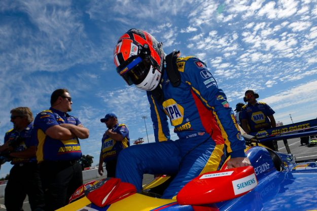 Alexander Rossi Wins At Long Beach Again Cbs Detroit
