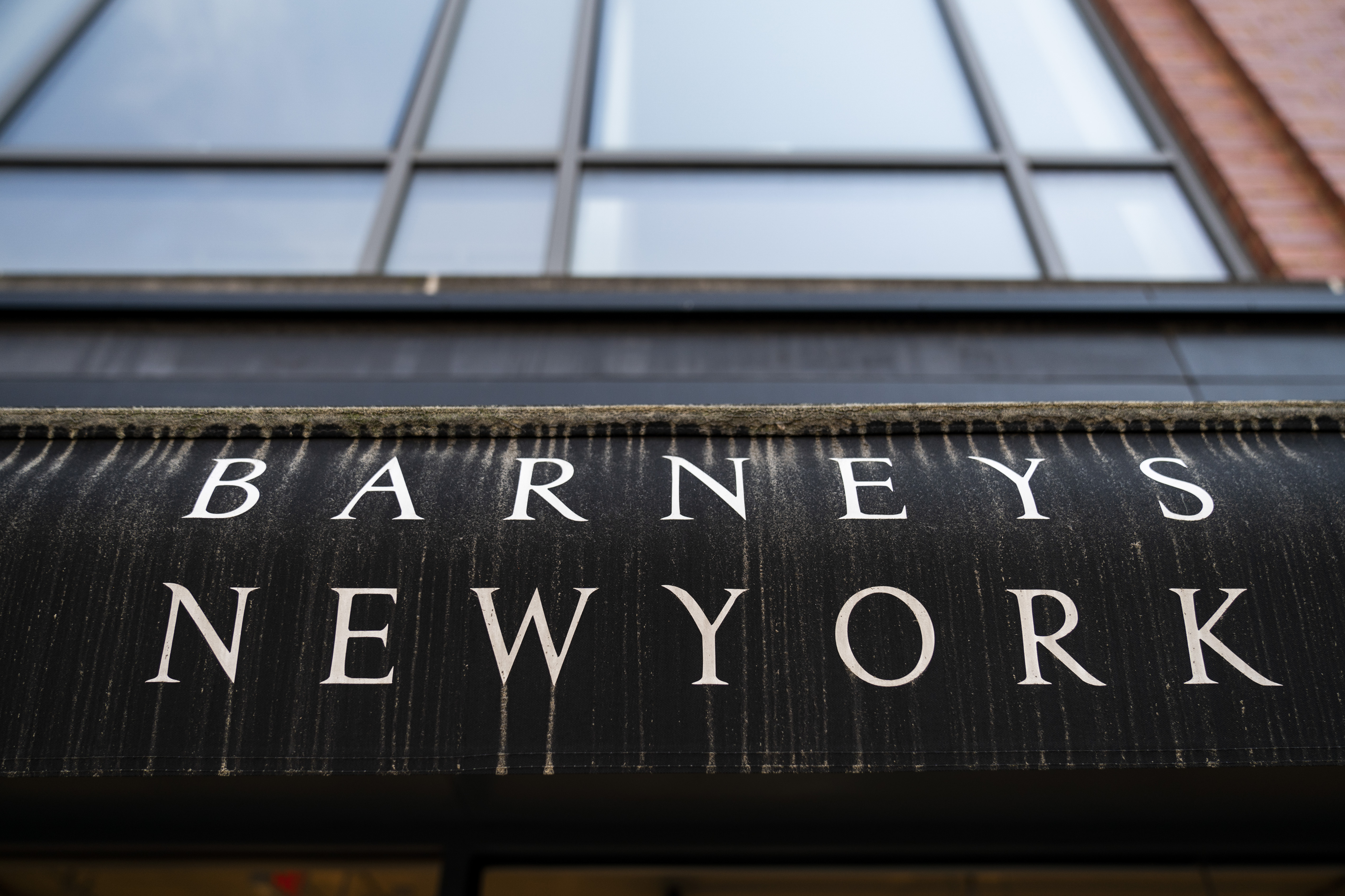 Barney's To File For Bankruptcy – CBS Detroit