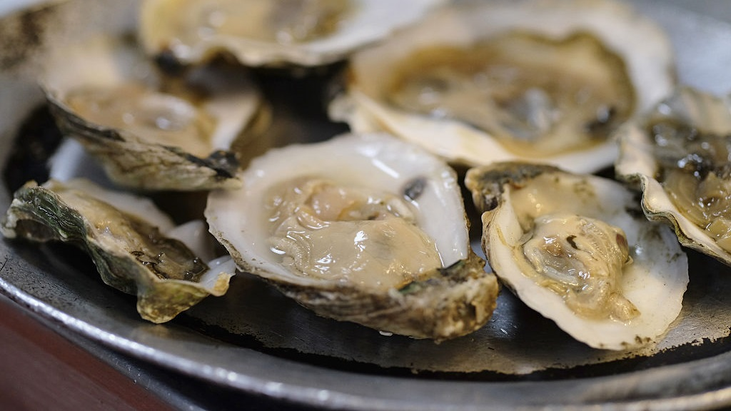Man Dies After Contracting Vibrio From Eating Oysters